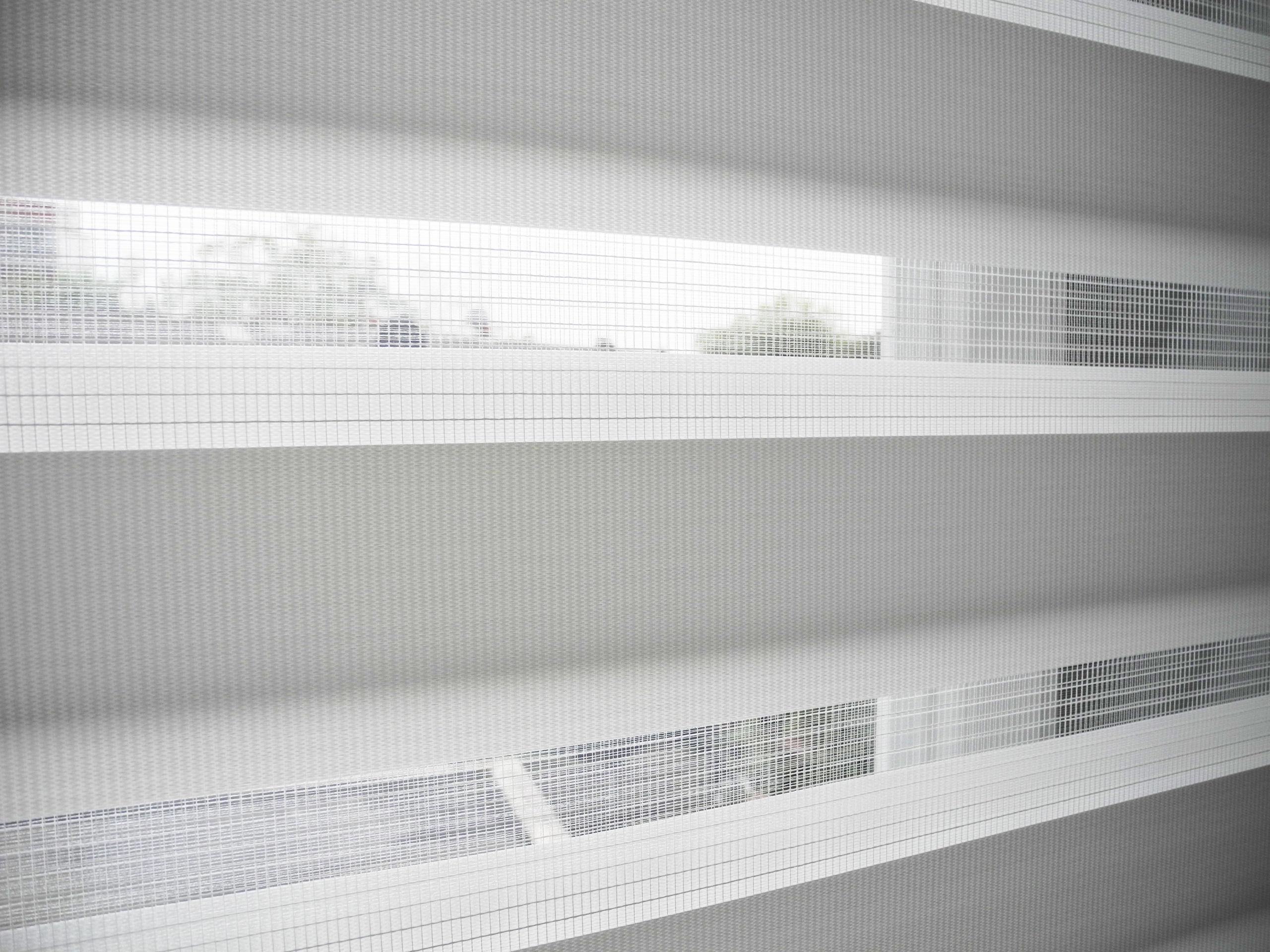 sun collection Flächenvorhang Detail halbgeöffnet